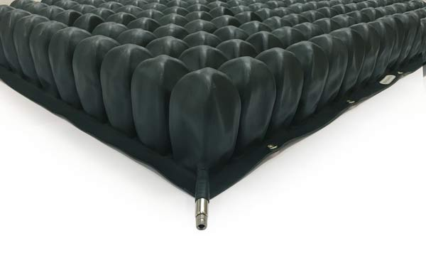 Air filled dry flotation mattress