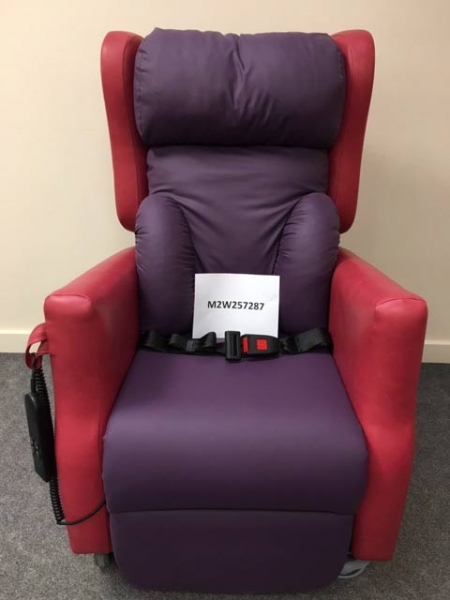 Purlple adjustable chair with lap belt