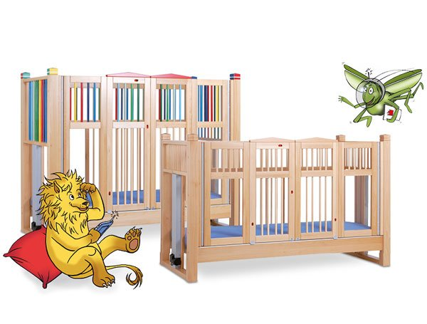 Olaf cot with lion